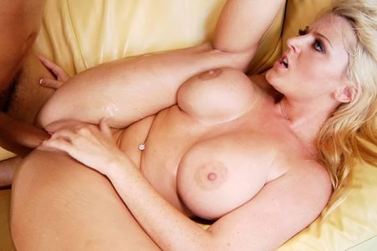 Celina jaitley xxx pics n videos-porn star
