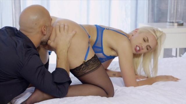 Girls punished in pantyhose
